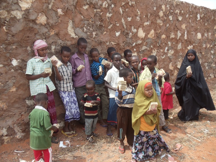 kids with shabaab ramadan money