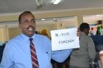 Parliament Sign against Cash for Votes